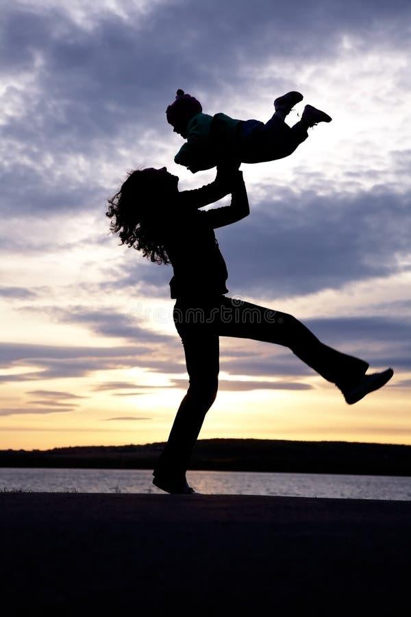Mama del baile con el niño fotografía de archivo libre de regalías