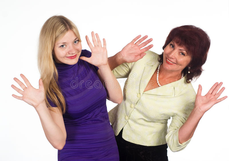 Mama E Hija Adultas En Blanco Imagen de archivo
