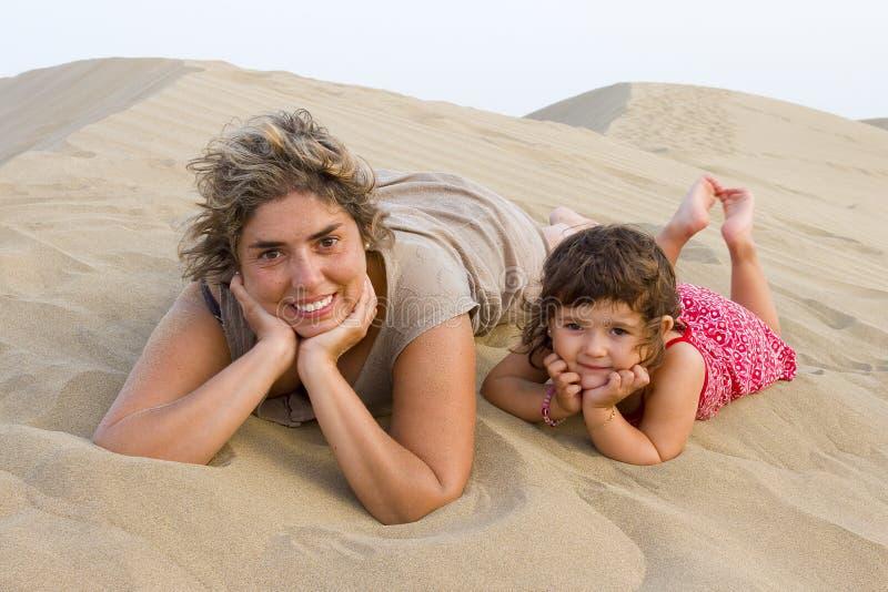 Mama und Schätzchen lizenzfreies stockbild