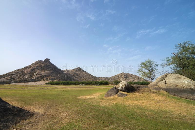 Mamelons rocheux des collines de Bera, Bera Jawai, Ràjasthàn, Inde photo libre de droits