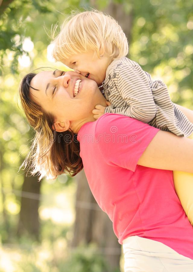 Mamma e figlia immagini stock libere da diritti