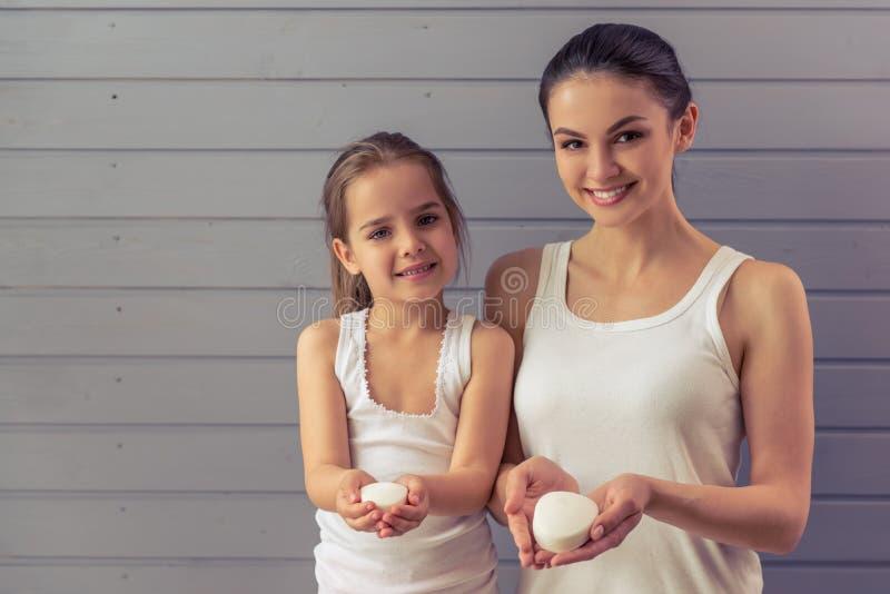 Mamma en dochter royalty-vrije stock foto
