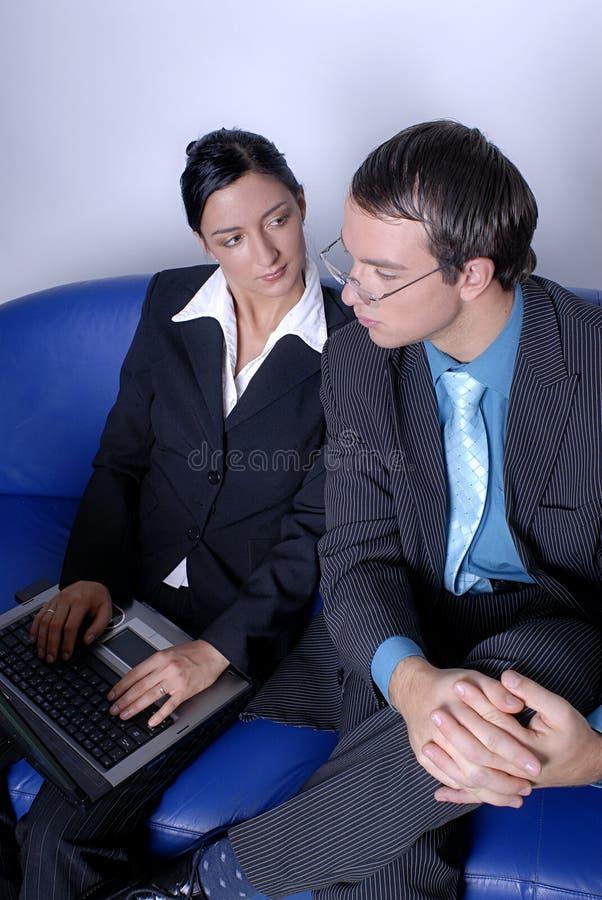 man & vrouwen commercieel team stock afbeelding