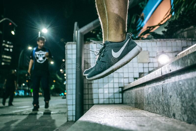 Man In Black White Nike Shoes During Nighttime Free Public Domain Cc0 Image