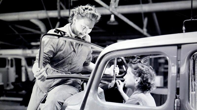 Man Carrying Car Windshield With Woman Inside A Car Free Public Domain Cc0 Image