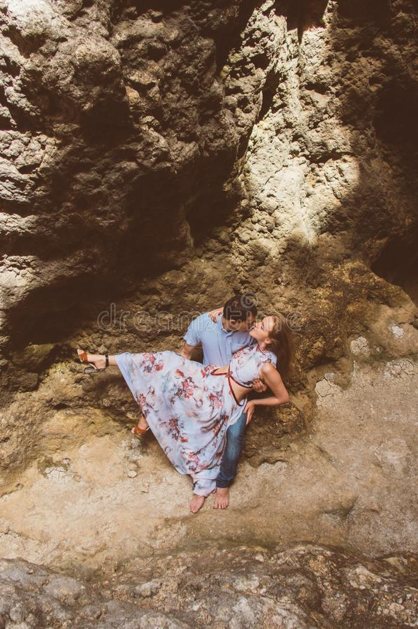 Man en vrouw die in gespleten lopen stock afbeeldingen