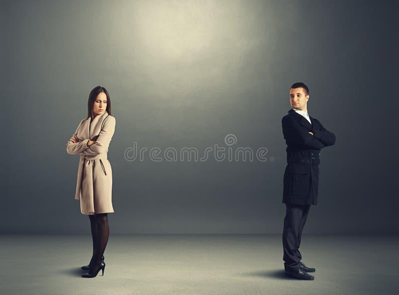 Man en vrouw in ruzie stock foto's