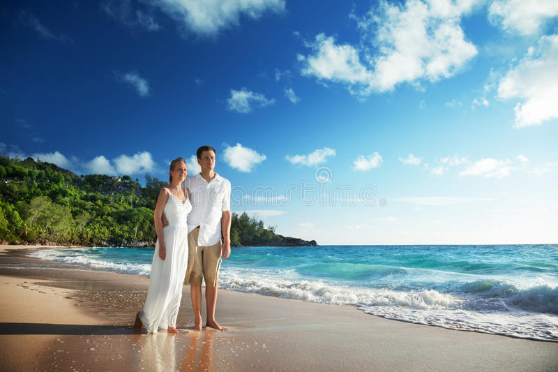 Man en vrouwen romantisch paar royalty-vrije stock afbeeldingen