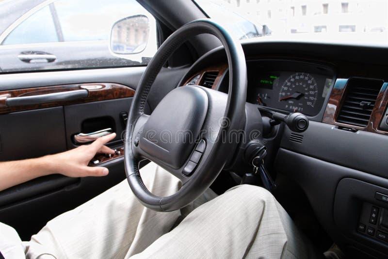 man för bilkörning royaltyfria foton
