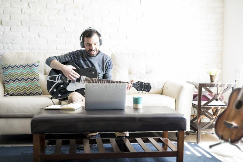 Удаленная работа музыкант как стать фрилансером инженером