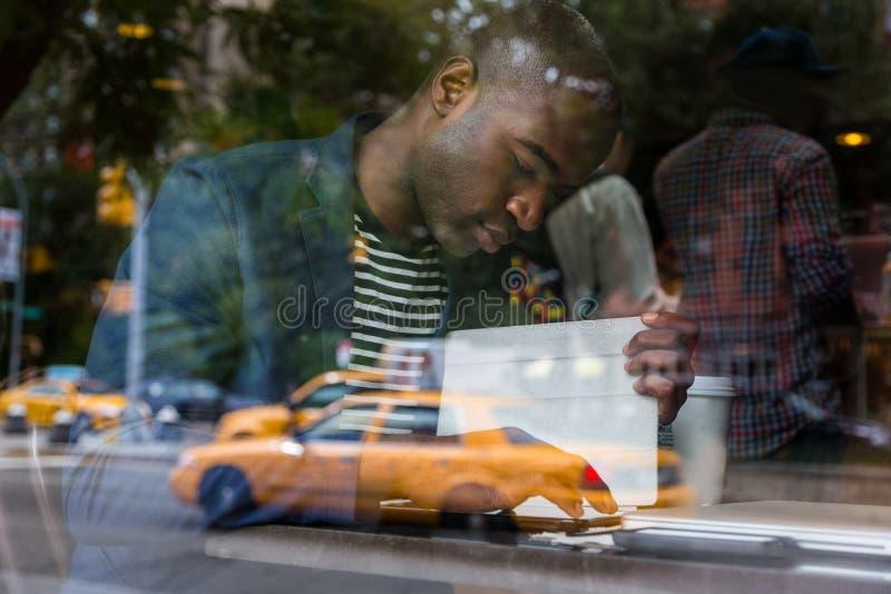 Man i New York royaltyfria bilder