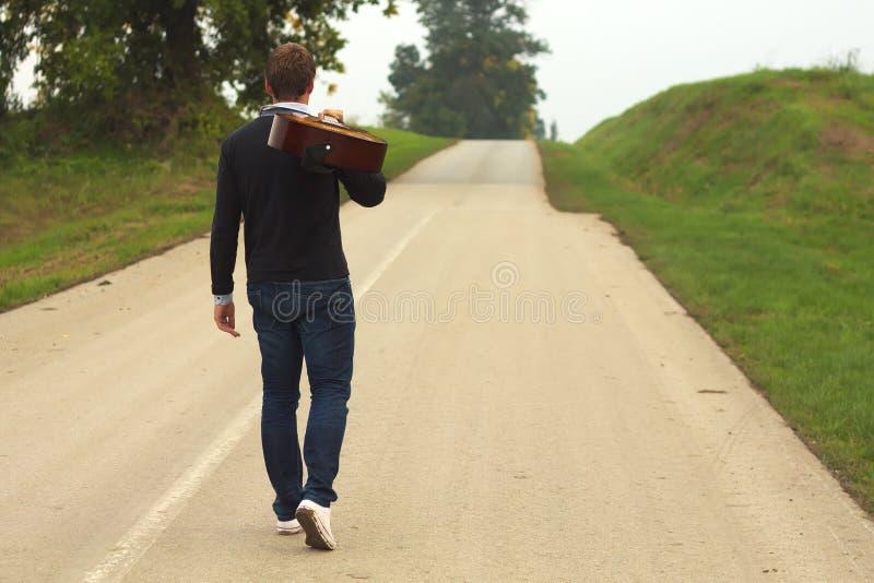 Man med gitarren