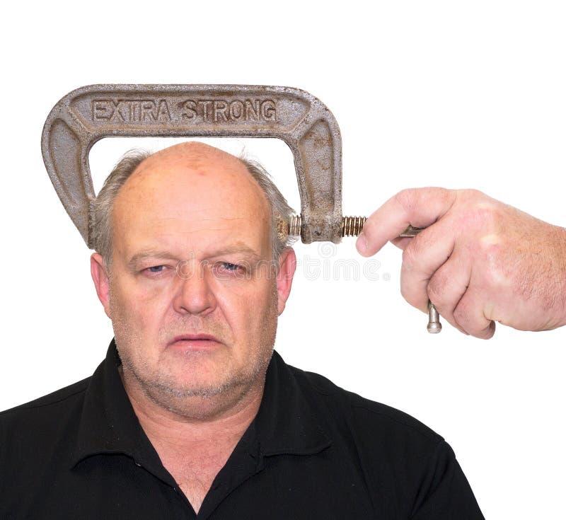 Man med huvudvärk, tryck eller spänning. royaltyfri foto