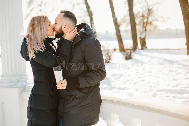 Man och kvinna royaltyfri foto