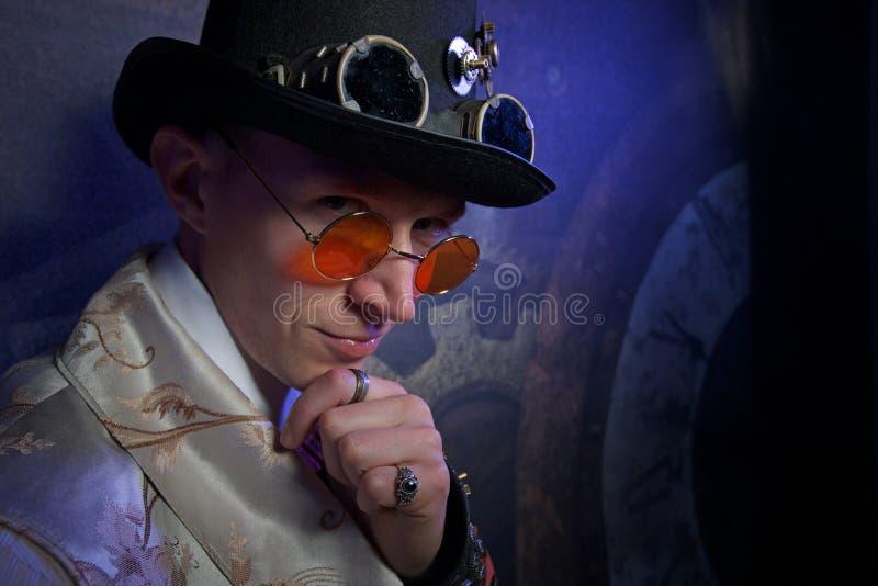 Man portret in stoom punkstijl met uren royalty-vrije stock foto's