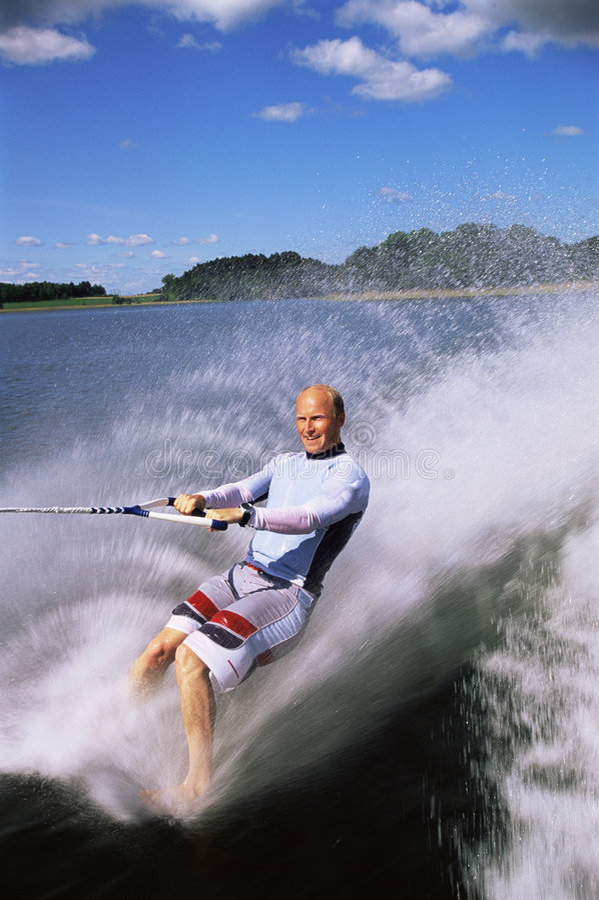 man skiing water young στοκ φωτογραφία με δικαίωμα ελεύθερης χρήσης