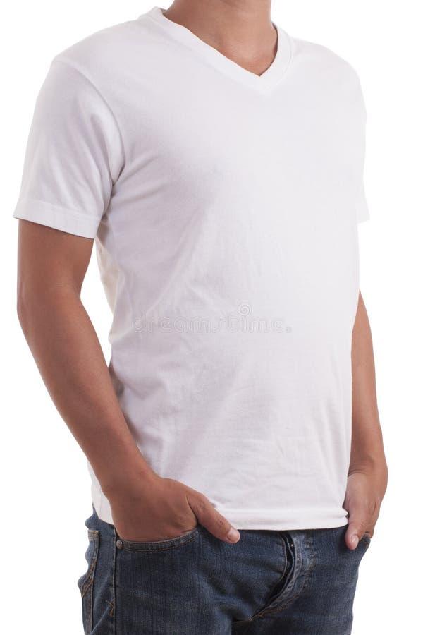 Man som bär den tomma t-skjortan royaltyfri foto