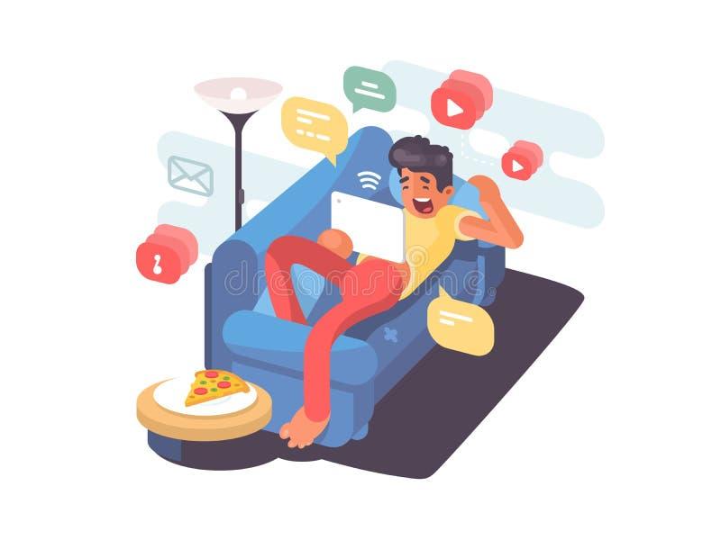 Man som ligger på soffan med minnestavlan royaltyfri illustrationer