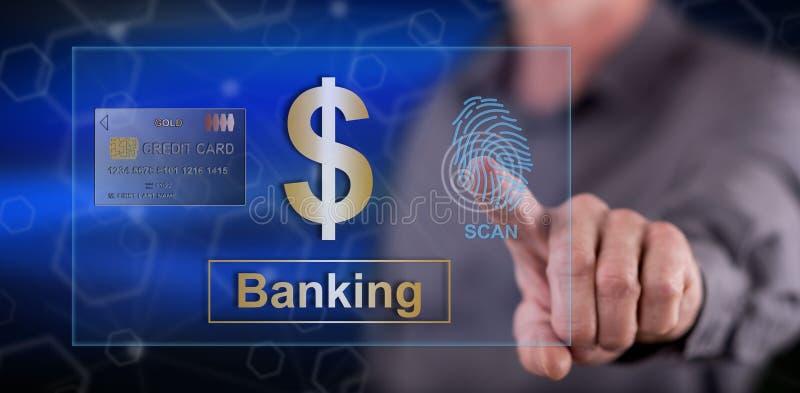 Man som trycker på ett bankrörelsesäkerhetsbegrepp arkivfoton