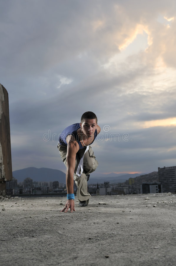 Download Man On The Start Position Ready To Run Stock Image - Image: 6652057
