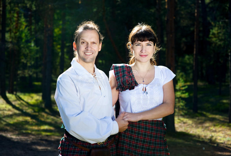 Download Man And Woman In Scottish Costume Stock Photo - Image: 21228340