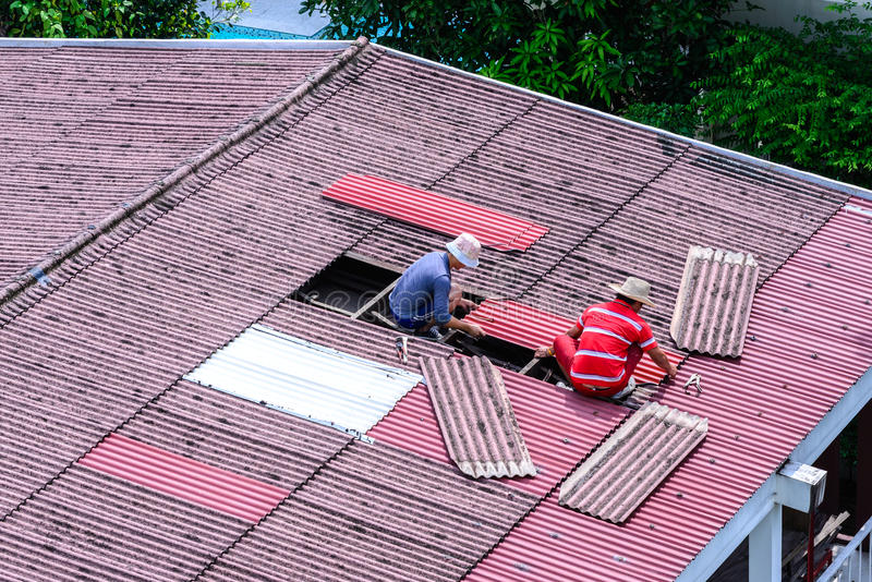 Roofer Replacing Slate On Roof Stock Image Image Of