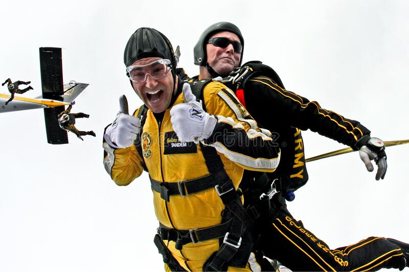 Man In Yellow Jumpsuit And Man In Black Jumpsuit Sky Diving Free Public Domain Cc0 Image