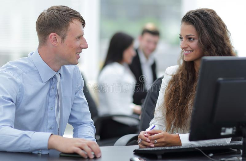 Manager And Employee Discuss Work Problem Stock Image - Image of ...