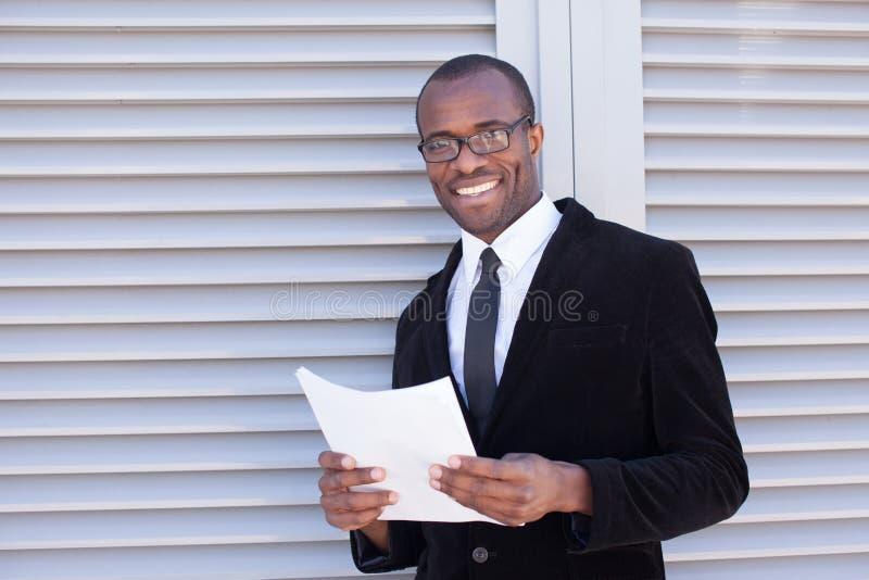 Manager met documenten stock afbeeldingen