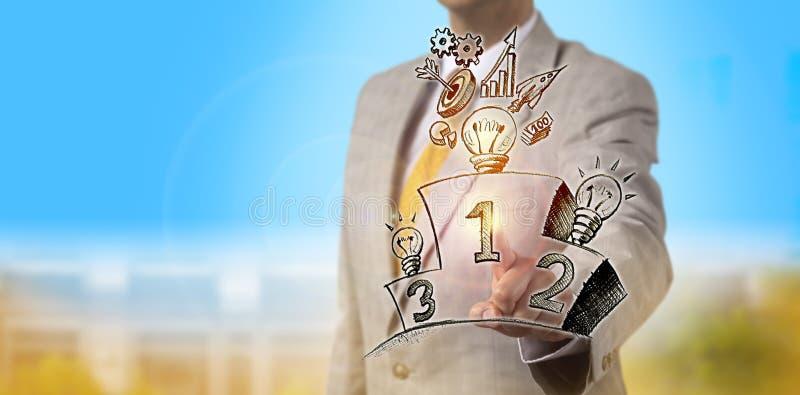 Manager-Selecting The Winning-Geschäftsstrategie stockbilder