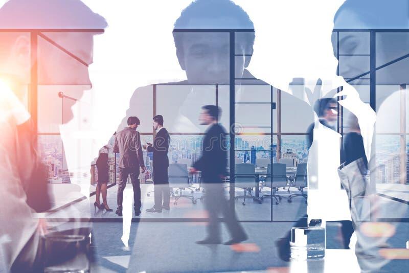 Manager und Leute im Büro lizenzfreie abbildung