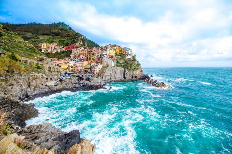 Manarola, un pueblo en Cinque Terre, Italia foto de archivo libre de regalías