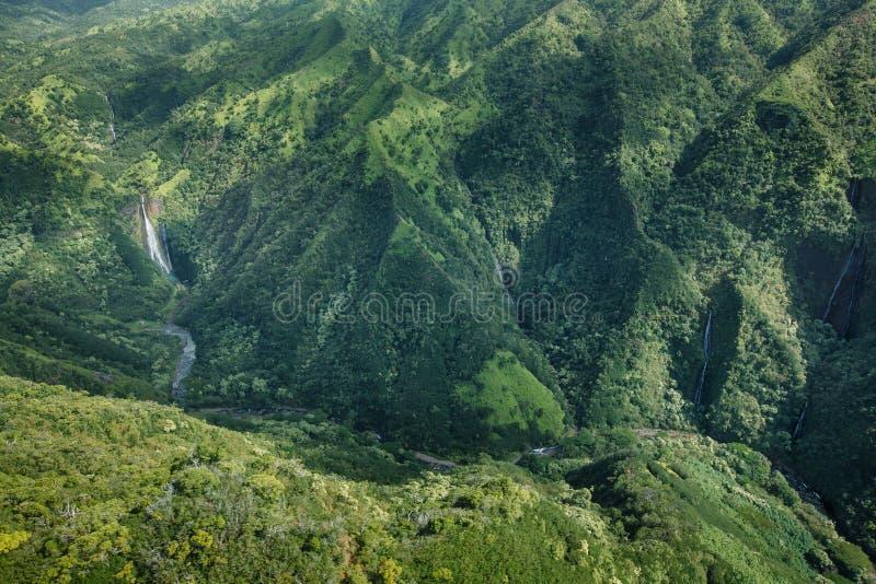 Manawaiopuna fällt Jurassic Park-Fälle lizenzfreie stockfotografie