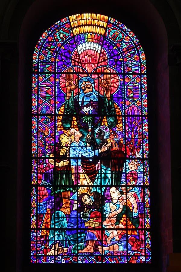 Manche el vidrio en la catedral de Cantorbery fotografía de archivo