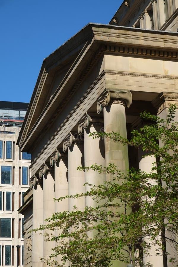 Manchester Art Gallery Ionic Pillars stock afbeeldingen
