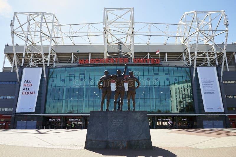 Manchester, Reino Unido - 4 de mayo de 2017: Exterior del estadio de fútbol del Manchester United foto de archivo