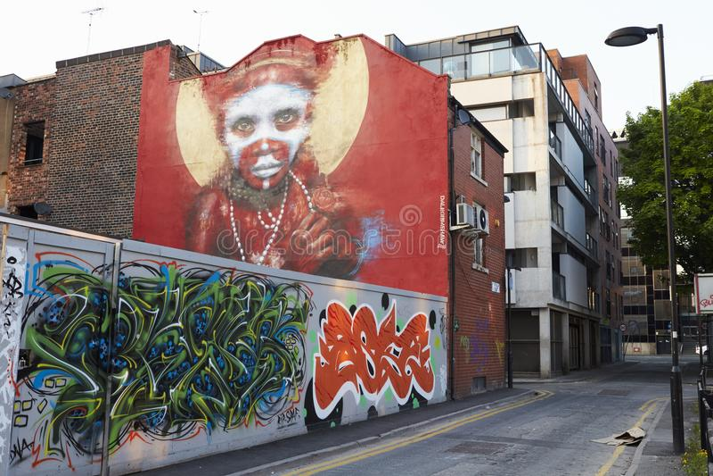 Manchester, Reino Unido - 10 de mayo de 2017: Pared de Dale Grimshaw Street Art On en Manchester foto de archivo