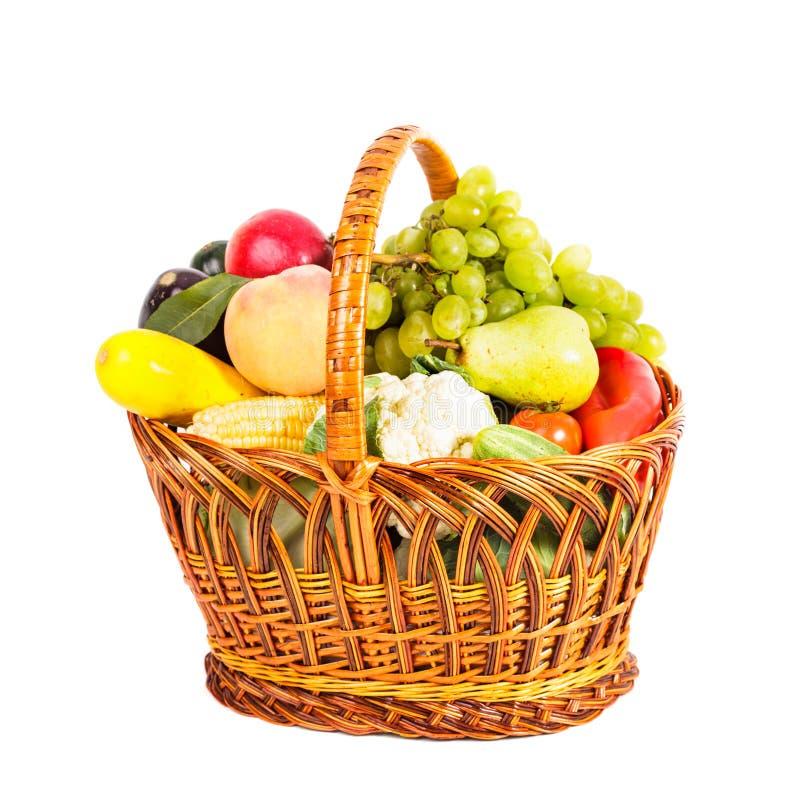 Mand groenten en vruchten royalty-vrije stock afbeeldingen