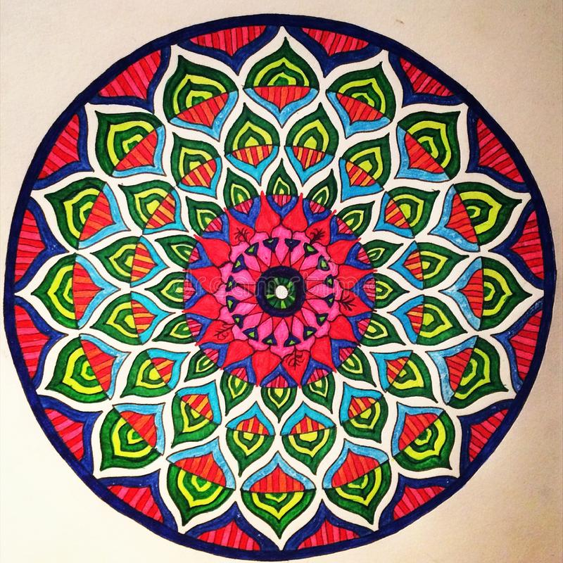 Mandala Colouring perçante image libre de droits