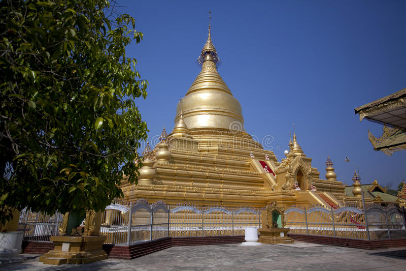 Download Mandalay stock photo. Image of buddhism, myanmar, religion - 22689758