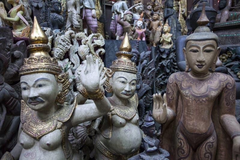 Mandalay - fábrica de las mercancías imagen de archivo