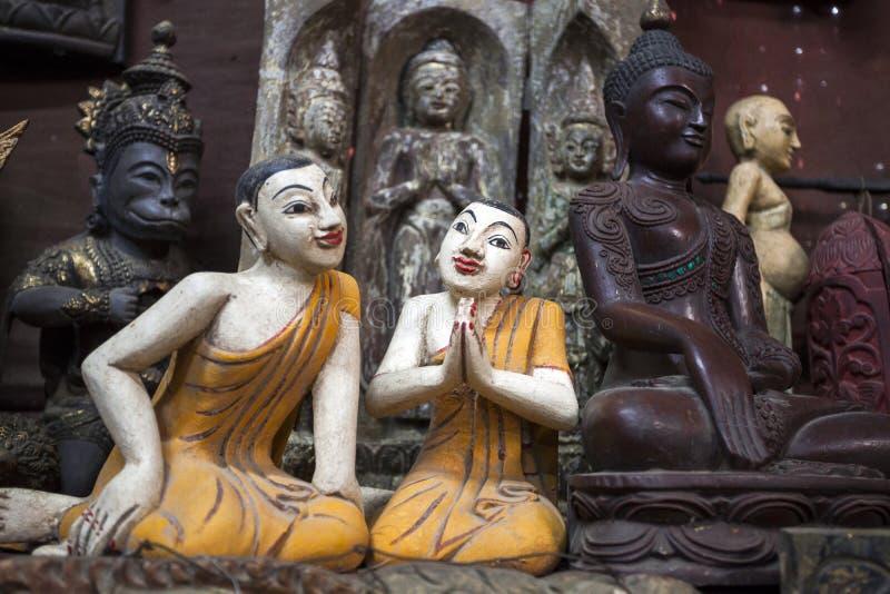 Mandalay - fábrica de las mercancías imagenes de archivo
