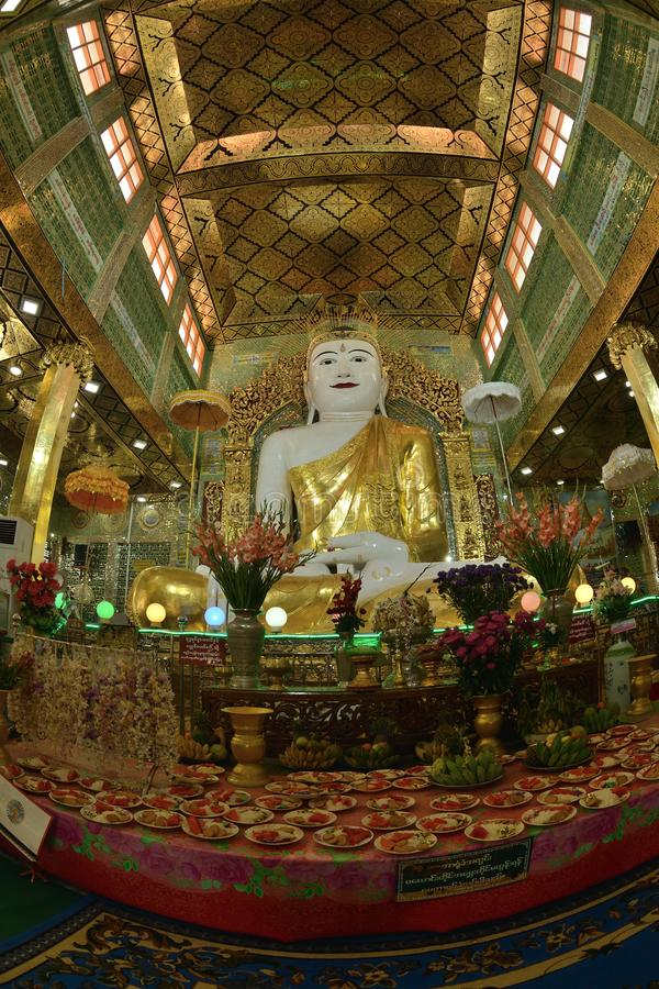 Mandalay presto U Ponya Shin Pagoda fotografia stock