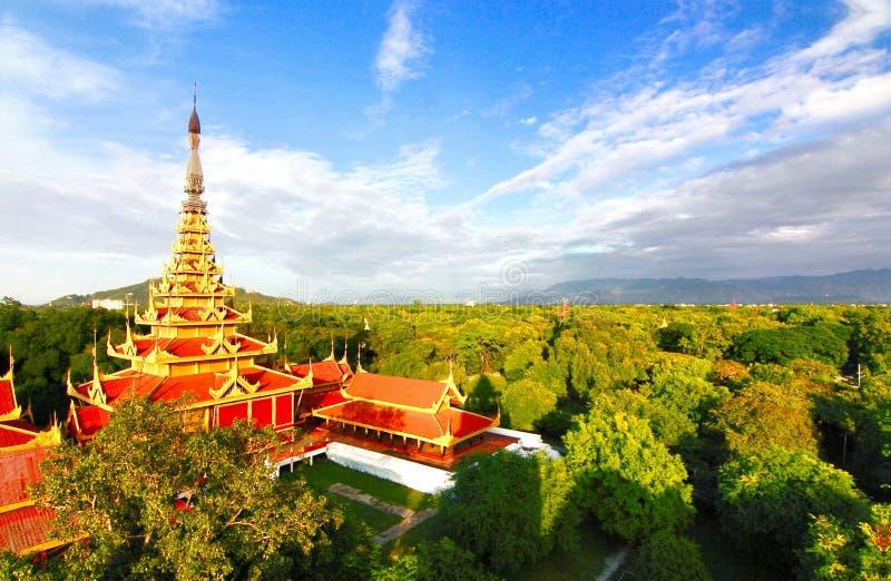 Mandalay slott Myanmar fotografering för bildbyråer