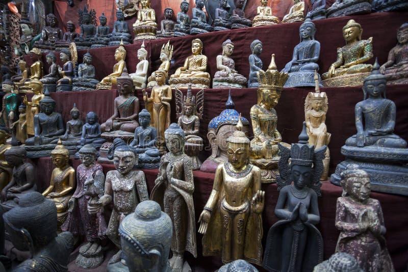 Mandalay - towarowa fabryka obraz royalty free