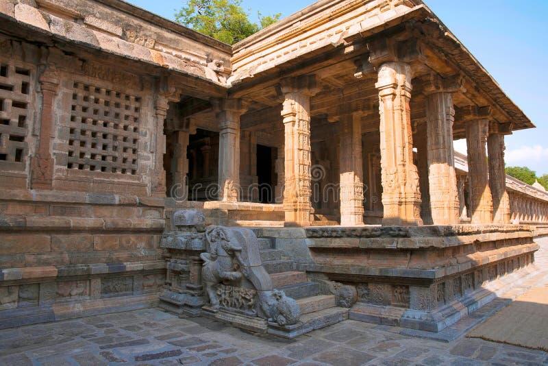 Mandapa del norte, templo de Airavatesvara, Darasuram, Tamil Nadu foto de archivo libre de regalías