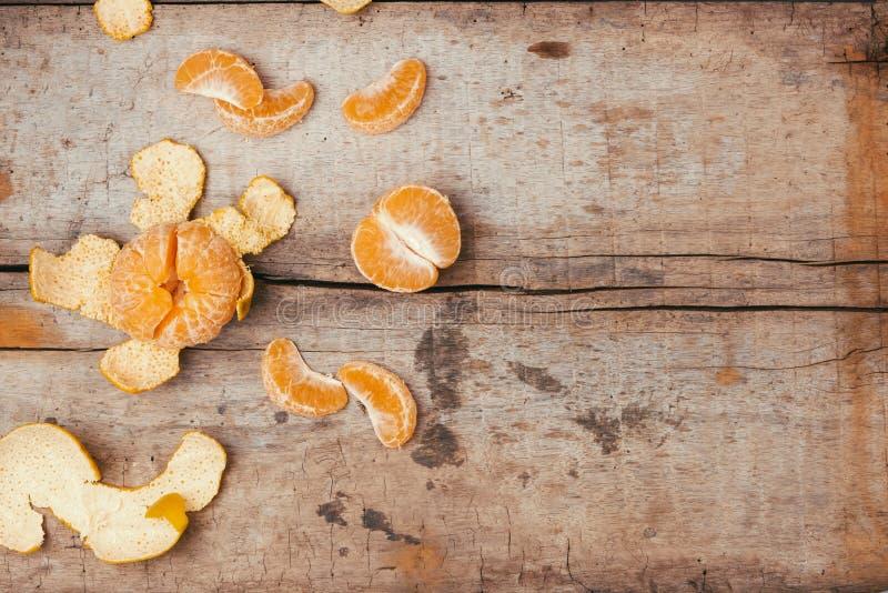 Mandarijnensinaasappelen op houten lijst royalty-vrije stock afbeeldingen