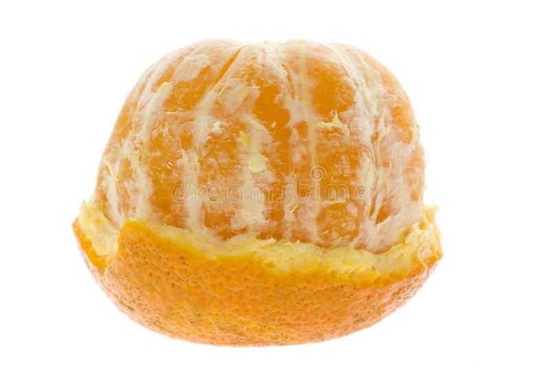 Mandarina pelada mitad fotos de archivo