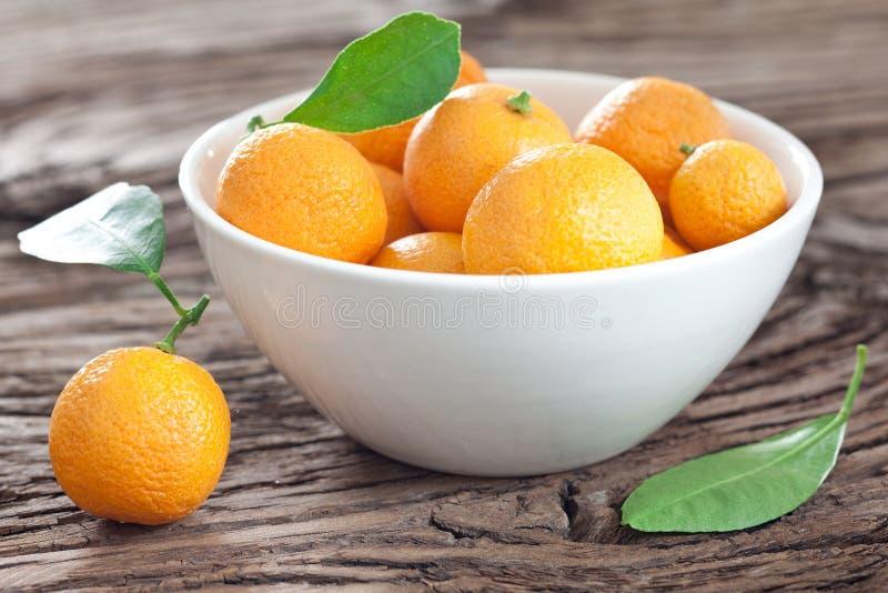 Mandarinas en un cuenco. fotos de archivo libres de regalías
