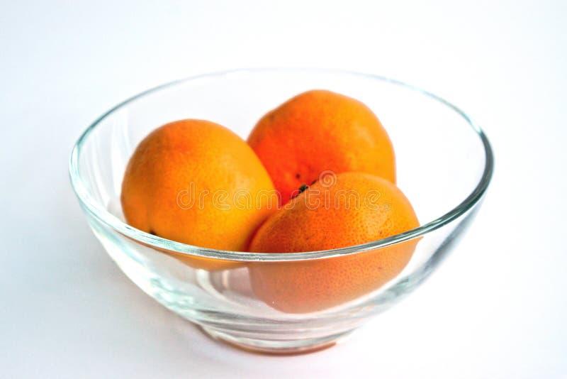 Mandarinas en un cuenco imagen de archivo